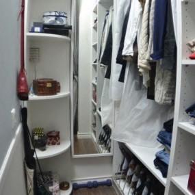 Ремонт гардеробной в Омске